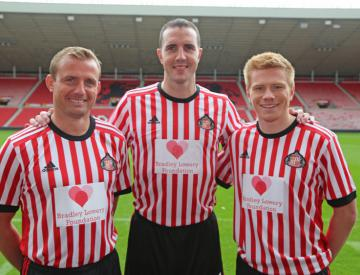 Sunderland and Everton shirts to support Bradley Lowery Foundation