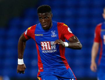 Tottenham open talks with Crystal Palace as Wilfried Zaha asks to leave