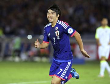 Japans baby-faced assassins rout Uzbekistan