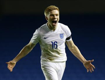 Duncan Watmore comes off bench to inspire England Under-21s to victory