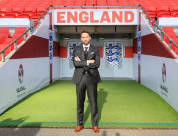 Gareth Southgate's postman delivers a pleasing style report to new England boss