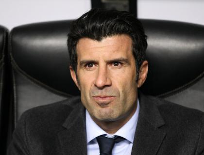 Figo to stand for FIFA presidency