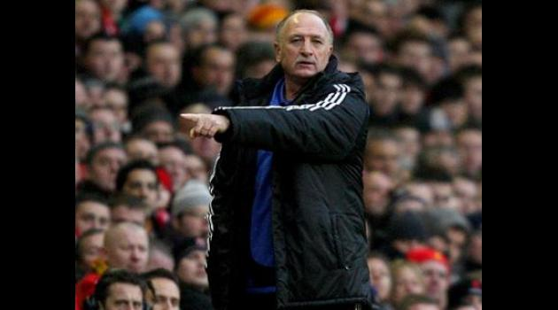 Scolari defends Chelsea record