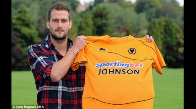 Roger Johnson signs for Wolves