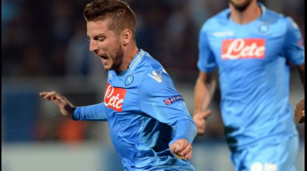 Mertens double puts Napoli within sight of Roma