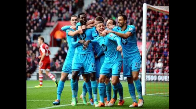 Adebayor hands Spurs timely boost