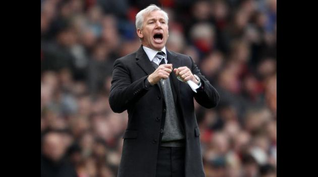 Pardew looks at insecurity of job