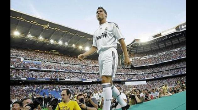 Cristiano Ronaldo unveiled as Real Madrid player to hysteria at Bernabeu
