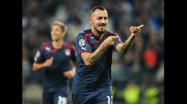 Mitroglou the threat to unbeaten PSG