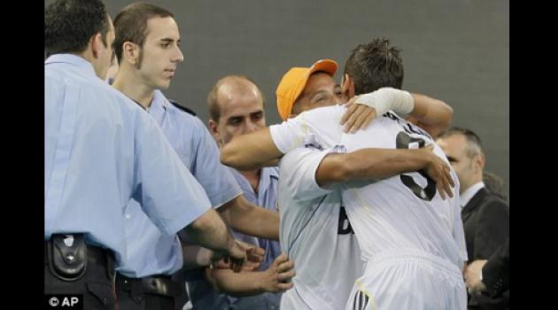 Real hand Ronaldo three bodyguards to protect him from mad Madrid fans