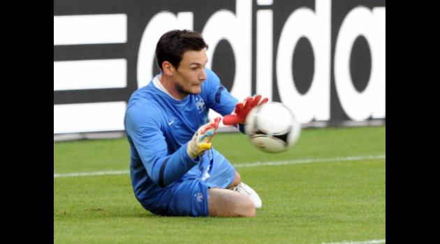 Spurs to Beat Arsenal to French Keeper Lloris in 15m deal