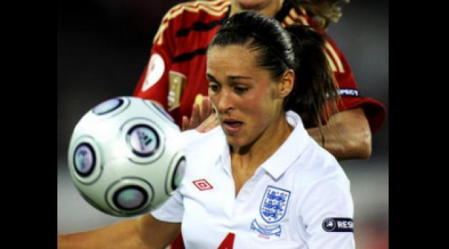 England women make Maltese cross