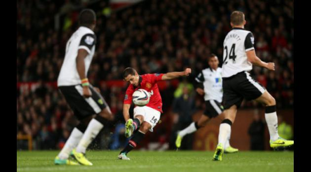 Manchester United's Hernandez drops strongest hint yet that he'll leave Old Trafford