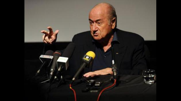Blatter hits back in Qatar World Cup 2022 row