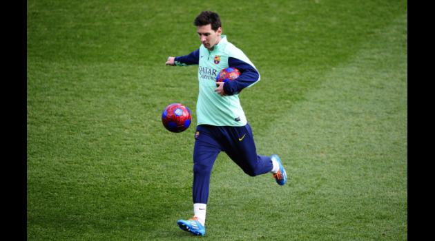 Messi on bench for Barca return