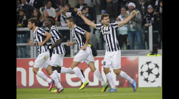 Ancelotti gives Juve last 16 boost