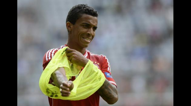 Bayern boss opens door to Gustavo transfer
