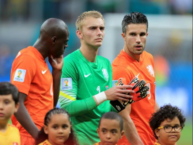 History hangs heavy as Dutch, Argentina clash