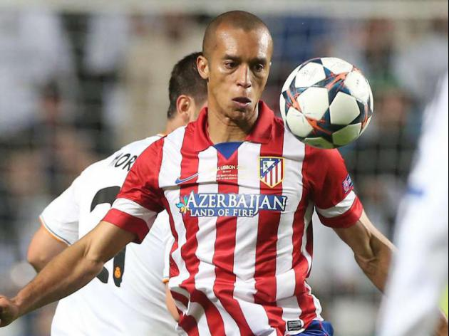 Chelsea continue raid on Atletico Madrid for star defender