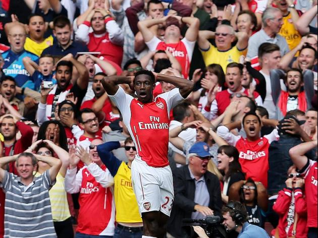 Wenger welcomes strikers contest