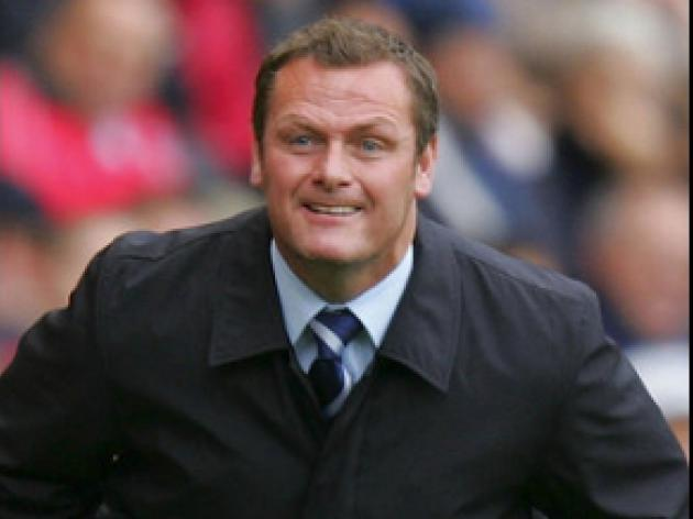 Magilton gets approval from Royle