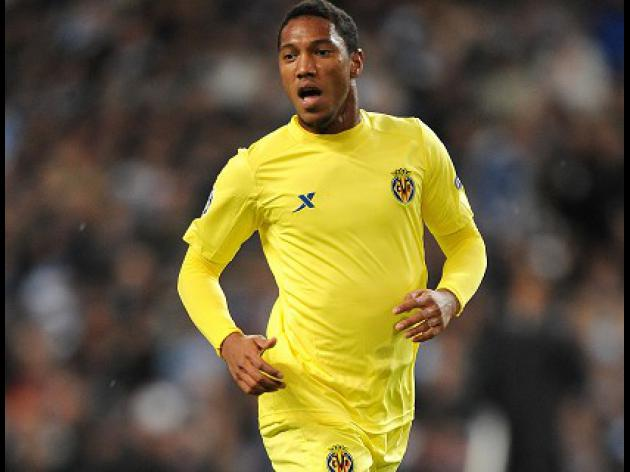 Swans add De Guzman capture