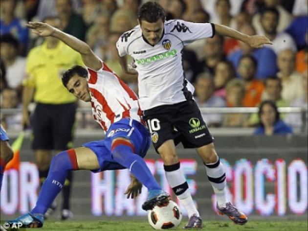 Ryan Giggs' injury prevents Valencia's Juan Mata from meeting Manchester United idol