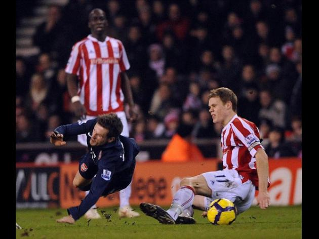 Ryan Shawcross set to feel Arsenal fans' hatred over Aaron Ramsey leg-break