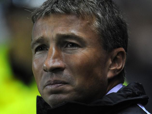 Palace coy on Petrescu rumours