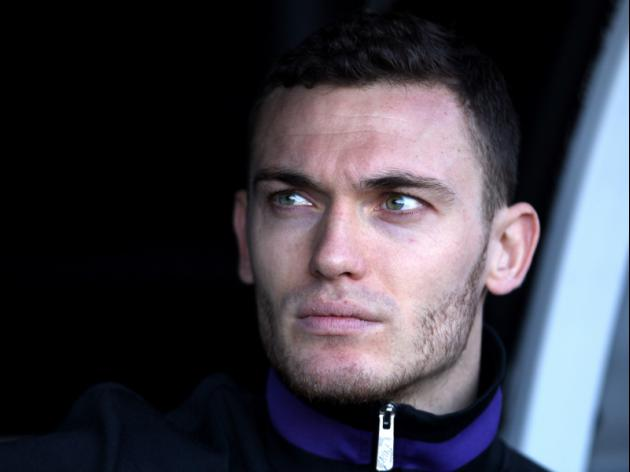 Thomas Vermaelen set for crunch talks with Arsene Wenger to discuss Arsenal future