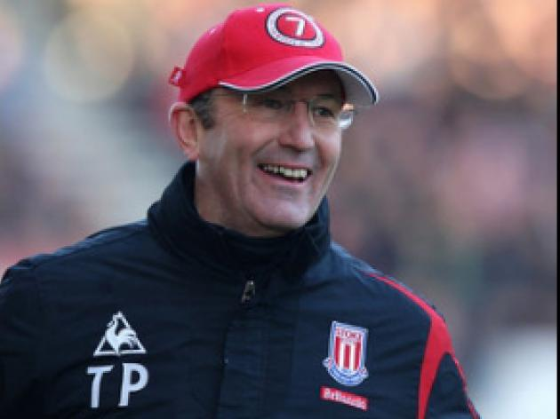 Pulis delighted by Etherington form
