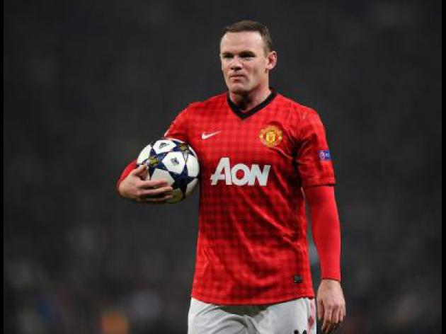 Manchester United legend Bryan Robson hopes Rooney will stay