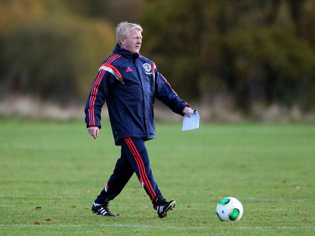 Strachan set to ring the changes