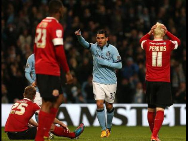 Manchester City sweep Barnsley aside