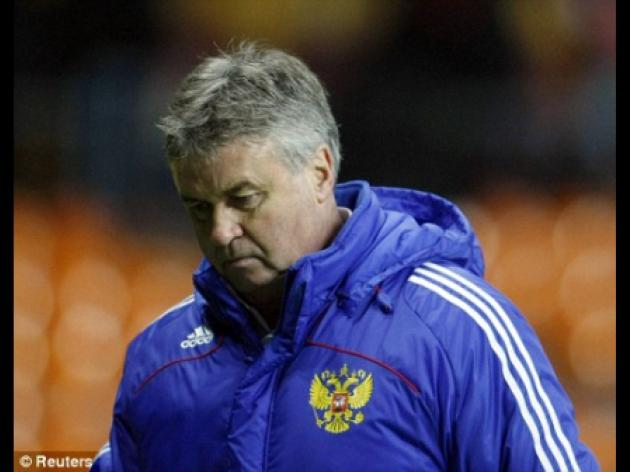 Ex-Chelsea boss Guus Hiddink lined up to lead Nigeria at World Cup finals