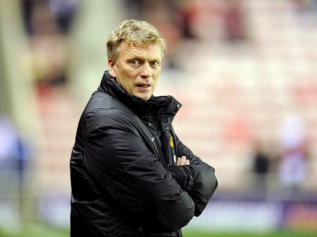 Moyes fined over ref comments
