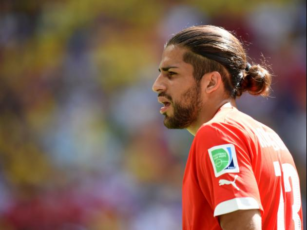 Manchester United eye Ricardo Rodriguez as they look for competition for Luke Shaw