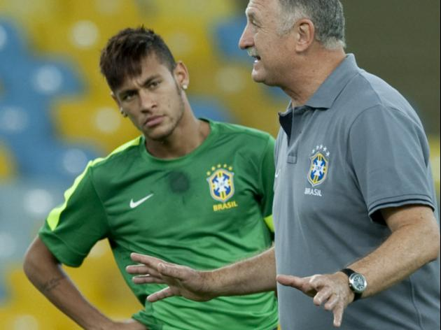 Spanish press trying to destabilise Neymar: Scolari