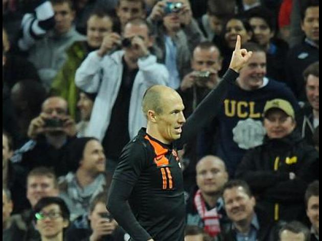 Arsenal target Dutch Winger Arjen Robben
