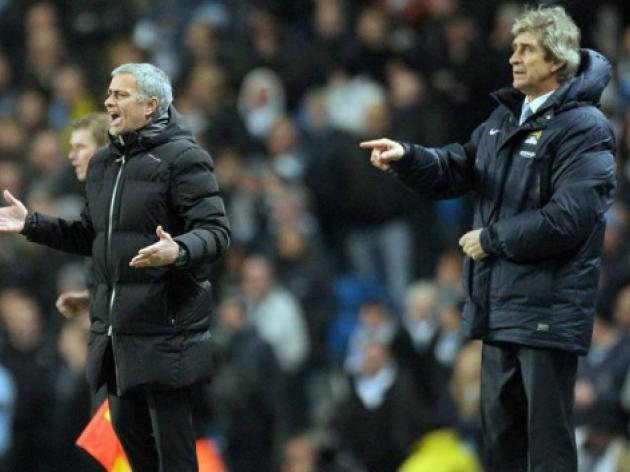 Mourinho opens the 'mind games' on Pellegrini as title race hots up