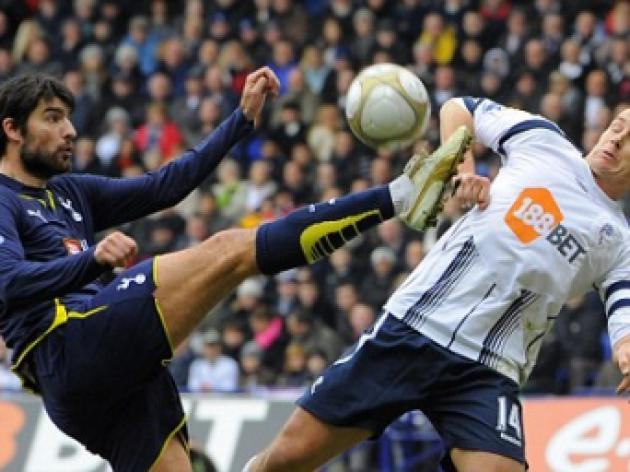 Bolton striker Kevin Davies hit with FA charge over referee remarks