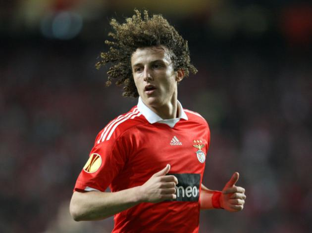Transfer News: Chelsea close in on David Luiz; Arsenal target Samba