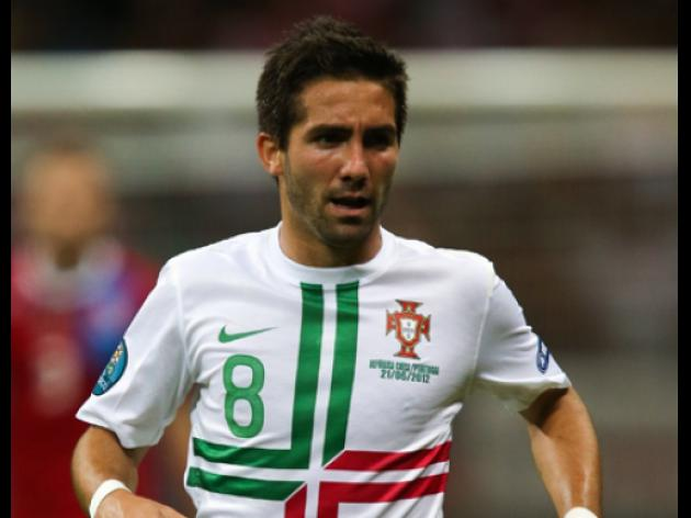 Porto set 31m for Spurs target Moutinho