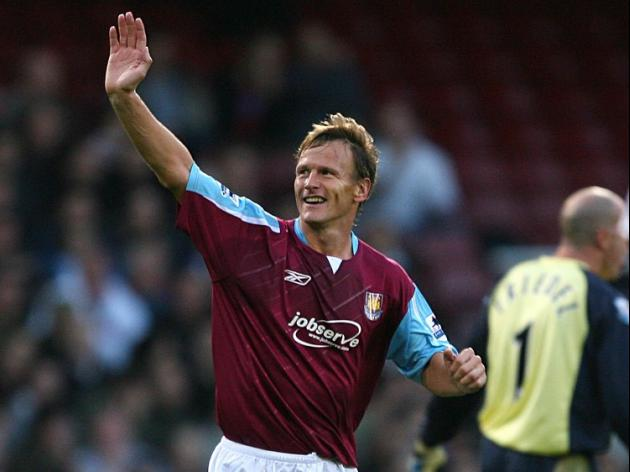 Hammers turn to old boy Sheringham