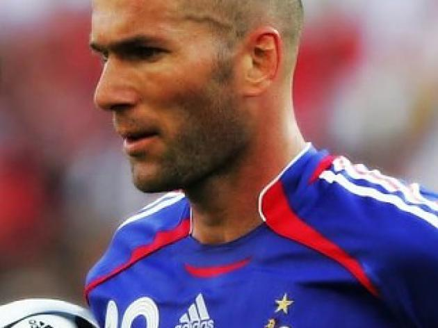 top 10 greatest football players of all time - 4 - Zinedine Zidane