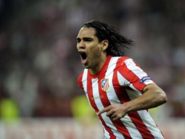 Chelsea to land 46million striker Falcao in January
