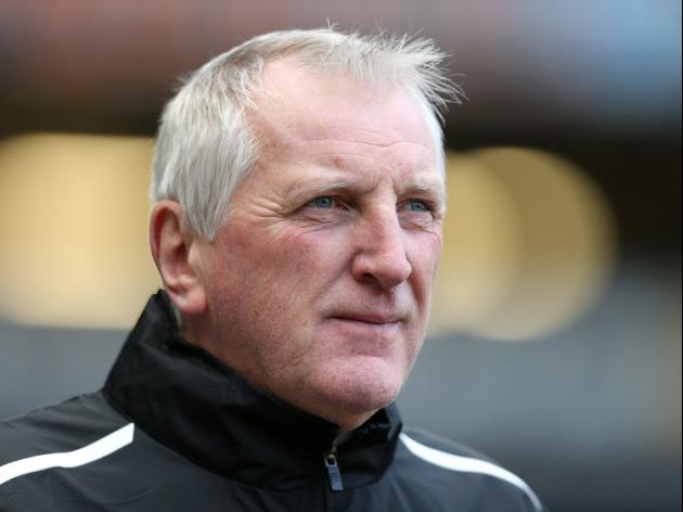 Moore sacked by Tranmere after breaching betting rules