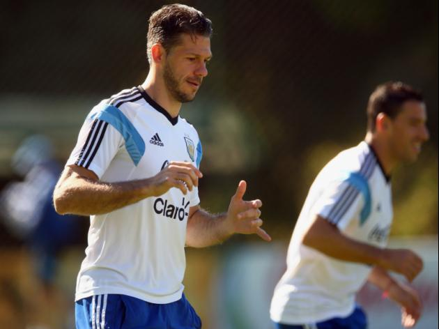 Demichelis out to thwart old master Van Gaal