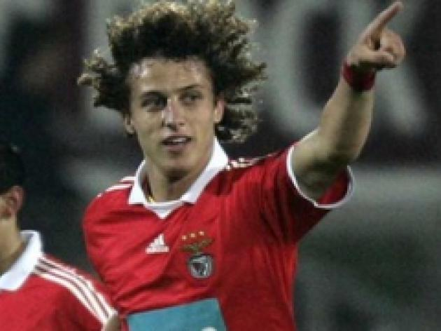 Benfica slap price tag on Luiz
