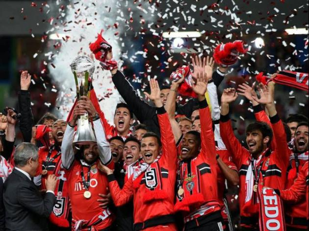 Benfica keep quadruple bid on track with League Cup win